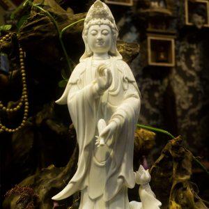 tượng quan âm men sứ