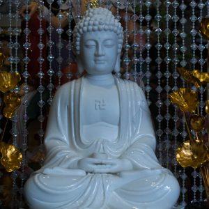 Phật thích ca men sứ