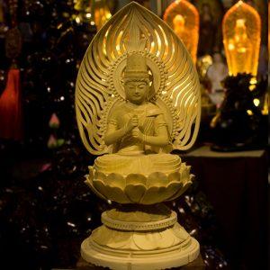 Tượng Phật Đại Nhật Tỳ Lô Giá Na