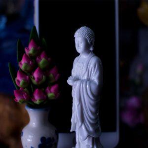 Tượng Phật A Di Đà Để Ô Tô Xe Hơi