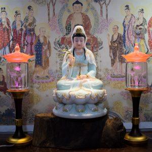 Tượng Phật Quan Âm ngồi