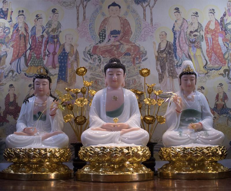 Mẫu Tây Phương Tam Thánh ngồi