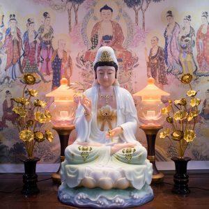 Phật Quan Âm bột đá