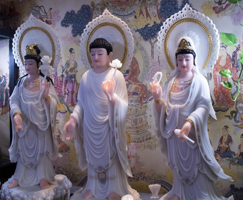 Tượng Tam Thế Phật Đứng
