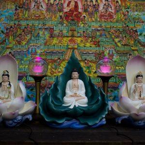 Tam Thế Phật tự tại