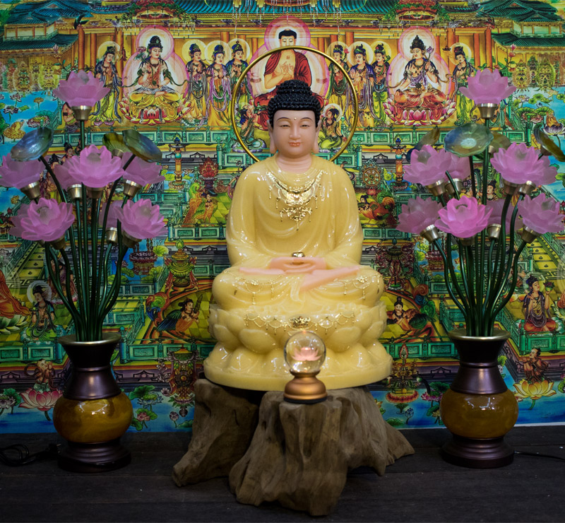 Phật Thích Ca ngồi